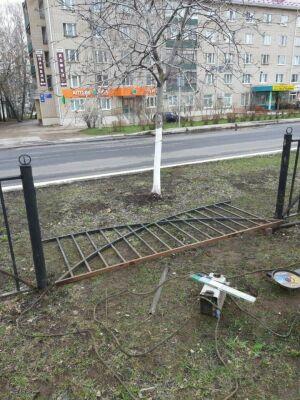 В Елабуге начался ремонт ограждения по проспекту Мира