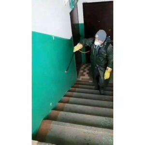 В Лаишево проводят дезинфекцию подъездов в многоквартирных домах