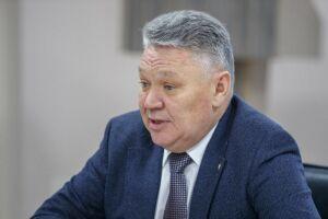 Бурганов: Несмотря на накладки, учебный процесс школ соответствовал программам