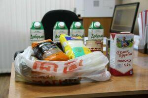 Самозанятых Елабуги призвали уточнить списки на получение продуктовой помощи