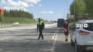 Всех въезжающих в РТ водителей  проверяют инспекторы ДПС и Роспотребнадзора