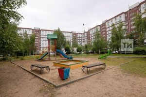 Специалист: Песок на детских площадках отлично справляется с ударопоглощением