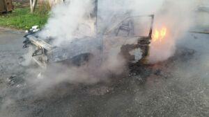 Ночью в Казани сгорела легковушка
