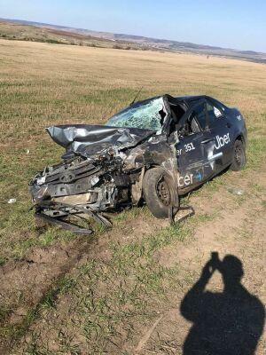 Восемь человек пострадали в лобовом столкновении двух легковушек на трассе в РТ
