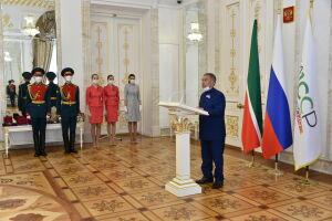В День России Минниханов вручил госнаграды отличившимся татарстанцам