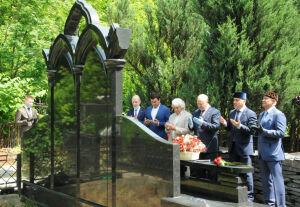 В Москве возложили цветы к могилам руководителей ТАССР