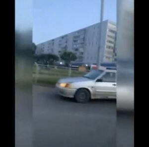 Полицейские оштрафовали казанца, управлявшего машиной с ребенком на руках