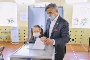 Шайхразиев: Поправки к Конституции помогут развивать родные языки