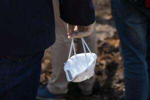 В Татарстане разрешили находиться в общественных местах без маски