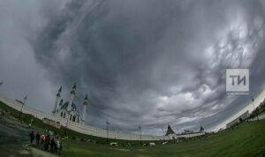 Штормовое предупреждение объявлено в Татарстане из-за грозы и града