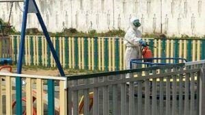 В Буинске продолжается дезинфекция детских площадок и многоквартирных домов