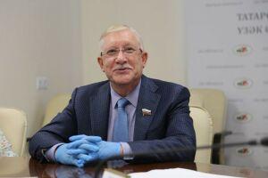 Олег Морозов подал документы в ЦИК РТ для участия в выборах в Госдуму России