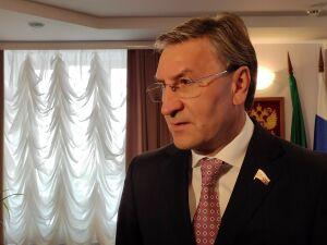 Айрат Фаррахов рассказал, какой должна быть вакцина от коронавируса