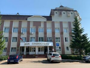 За насилие над маленькой дочкой житель Бугульмы снова предстал перед судом