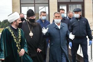 Минниханов осмотрел новый казанский похоронный комплекс «Курган»