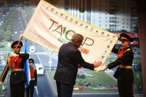 Челны приняли участие в эстафете передачи флага 100-летия образования ТАССР