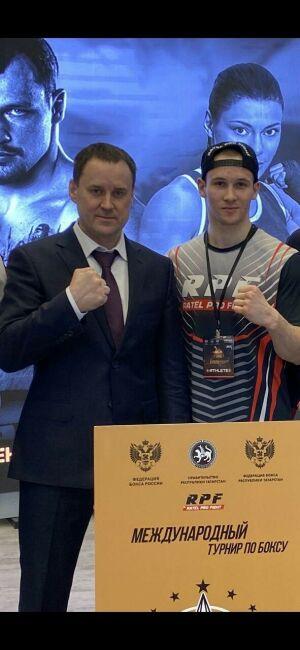 Татарстанский боксер Виталий Петряков проведет рейтинговый бой с Вазиром Тамояном