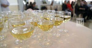 В Татарстане запретили продажу алкоголя в кафе площадью менее 50 кв. метров