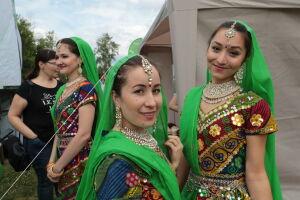 Для татарстанцев проведут мастер-класс по индийскому макияжу