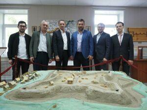 Кандидат в Президенты РТ Олег Коробченко открыл офис партии в Черемшане