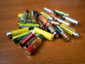 В трех казанских вузах можно сдать батарейки и обменяться книгами