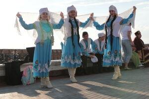 Концерт на воде, иммерсивный спектакль и лекции: в Казани пройдет «Милли кием»