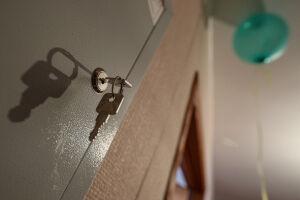 Первая молодая семья получила квартиру по «президентской» соципотеке