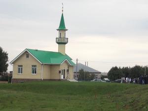 В Нижнекамском районе в один день открыли две мечети