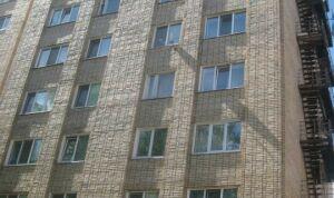 В Челнах задержали пьяного, пытавшегося вытолкнуть ребенка в окно седьмого этажа