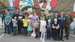 Ветераны-пограничники Бугульмы провели акцию «Помоги собраться в школу»