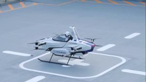 В Японии успешно протестировали летающий автомобиль с водителем на борту