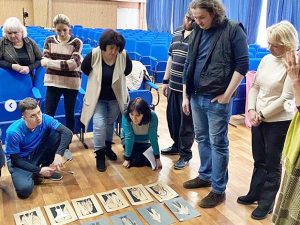 Актеры новой постановки ТЮЗа Нижнекамска оденутся по эскизам известного художника