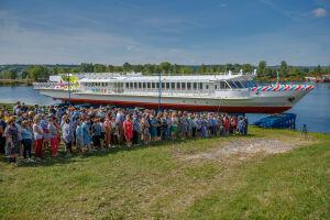Первое в РФ пассажирское судно на СПГ спустили на воду на зеленодольской верфи