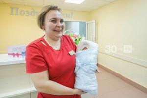 В РТ первыми в России начали делать одну прививку против пяти болезней всем детям