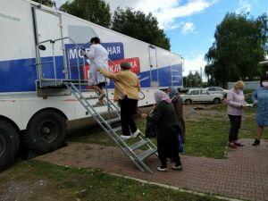 Врачи РКБ начали прием чистопольцев в передвижной мобильной поликлинике
