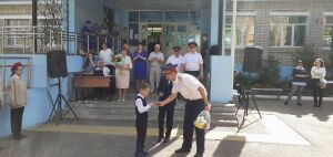 СК наградил в Чистополе первоклассника, который спас подружку от насильника