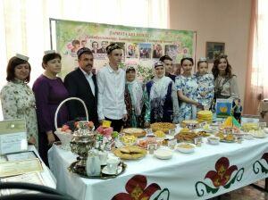 Семьи из шести районов республики представили свои родословные в Бирюлях