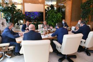 Минниханов обсудил с главой Росводресурсов развитие водохранилищ на Волге и Каме
