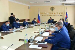 Прокуратура РТ получила от жителей 29 жалоб на ЖКХ, застройщиков и работодателей