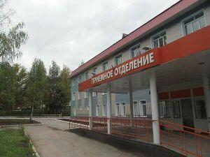 Главврач ЦРБ Бавлов призвал жителей района носить маски и соблюдать гигиену