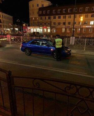 В центре Казани иномарка насмерть сбила женщину, переходившую дорогу на «красный»