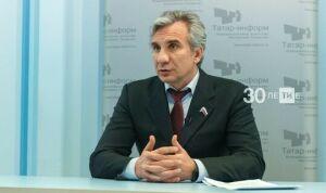 Ирек Зиннуров планирует сменить кресло в Госдуме на должность в Россотрудничестве