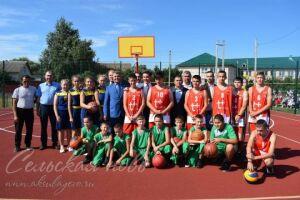 В Аксубаевском районе благодаря нацпроекту «Демография» открыли спортплощадку