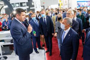 Минниханов посетил стенд ПАО «Транснефть» на выставке «Нефть. Газ. Нефтехимия»