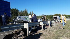 Шесть человек пострадали в аварии с автобусом и легковушкой на трассе в РТ