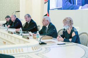 Мухаметшин: В Татарстане очень ответственно относятся к архивному делу