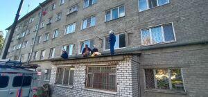 В Казани спасли девочку, упавшую из окна на козырек подъезда