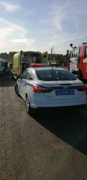 Один человек пострадал в ДТП с микроавтобусом и легковушкой в РТ