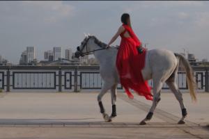 «Зависит ли что-нибудь от нас? Да»: в Татарстане сняли видео-мотиватор для женщин