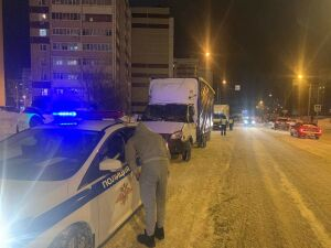 Помешавший снегоуборочной технике казанец получил штраф за неправильную парковку
